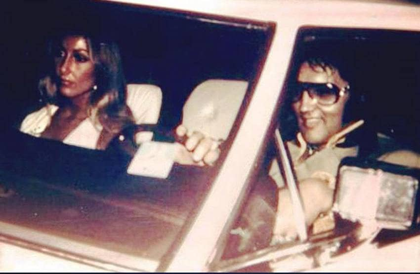 Elvis Presley with Linda Thompson in Memphis