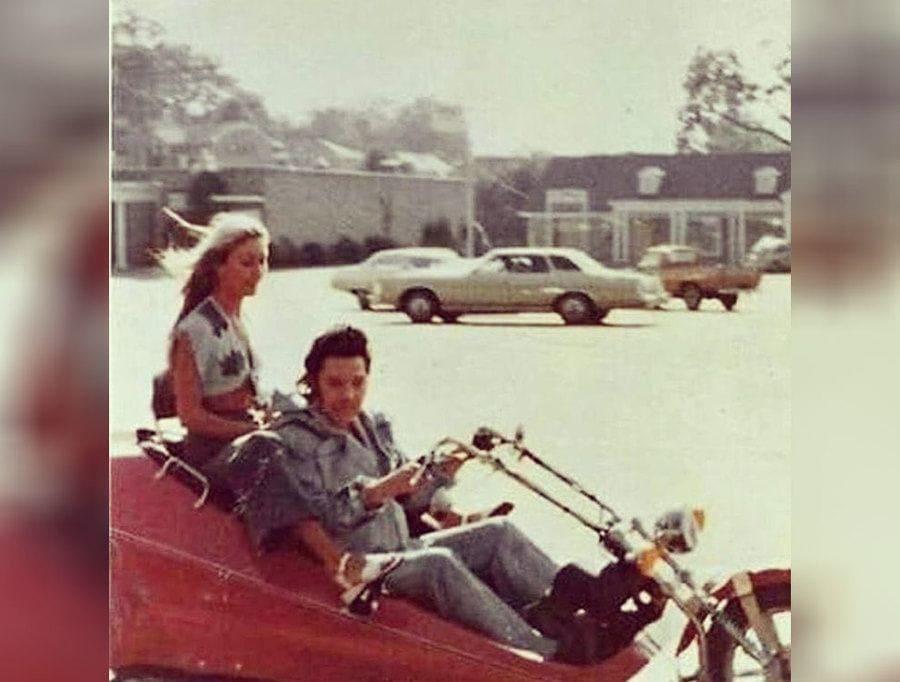 Elvis Presley with Linda Thompson riding around Memphis