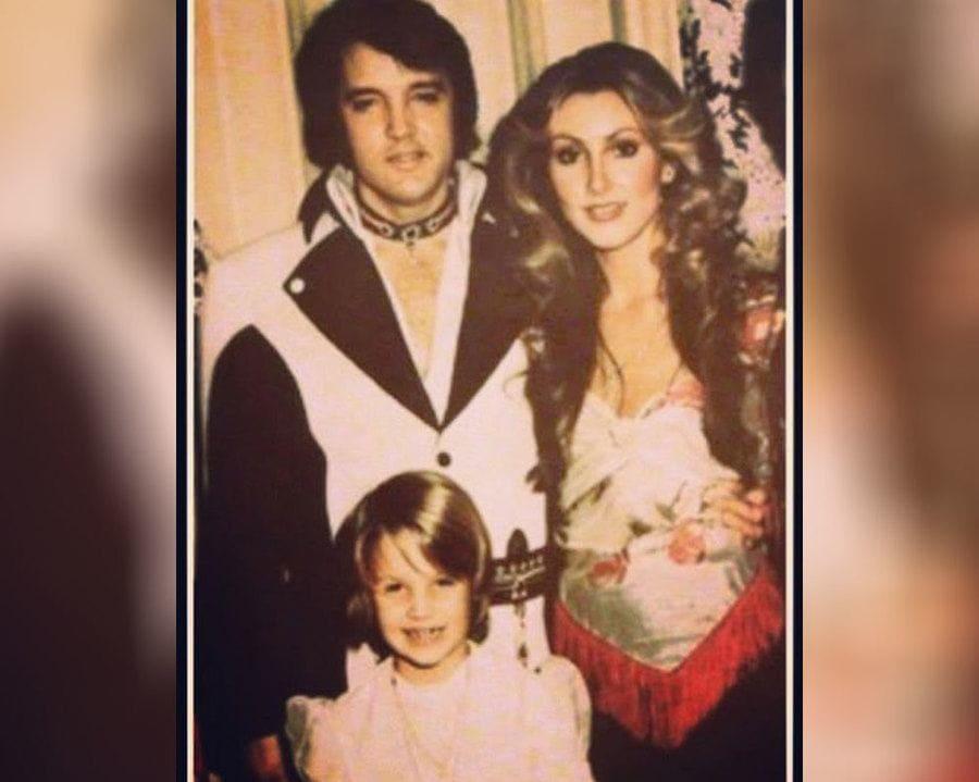 Elvis Presley with Linda Thompson and Lisa Marie