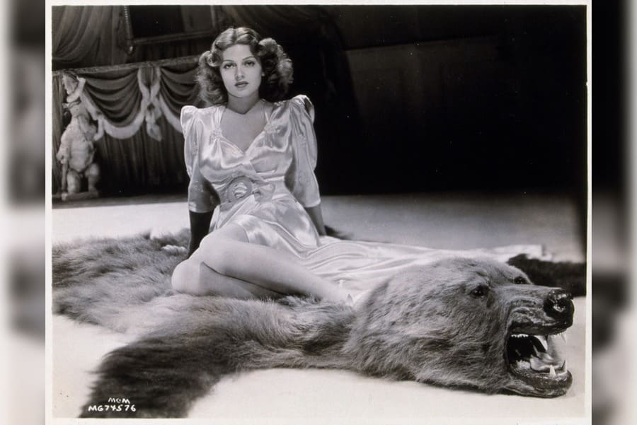 Film Stills of 'Chaser' With 1938, Lana Turner