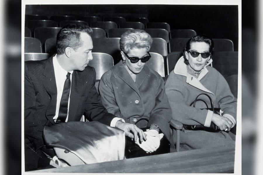 Courtroom, Steve Crane, Lana Turner, Mildred Turner in 1958