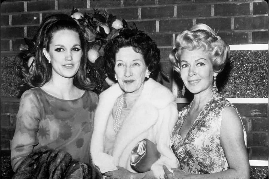 Cheryl Crane, Premiere, Lana Turner, Mildred Turner in 1966