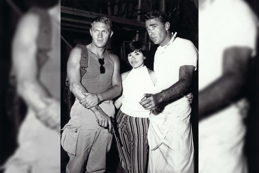 Steve McQueen, Neile Adams, Peter Lawford