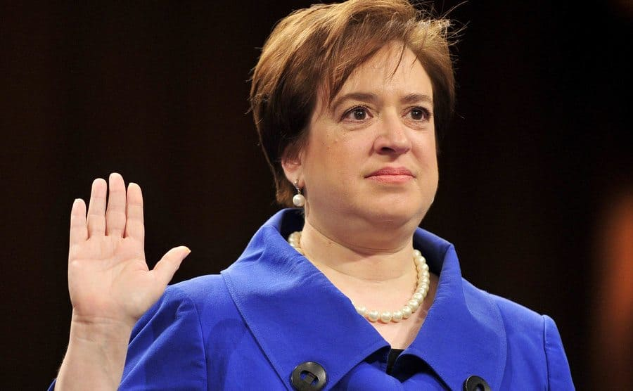 Elana Kagan, with her right hand raised at her confirmation hearing in 2010.