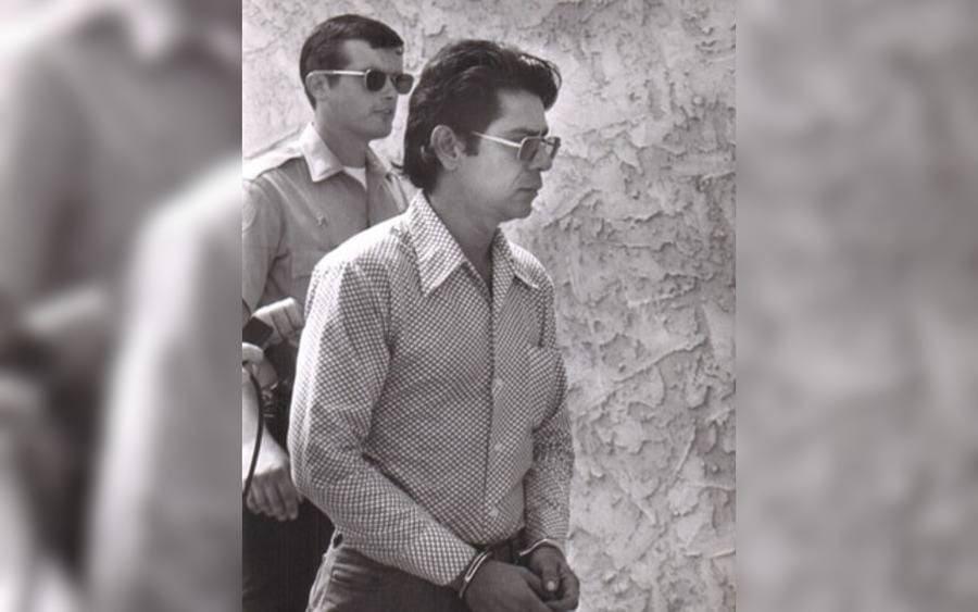 Ernesto Miranda being led in handcuffs