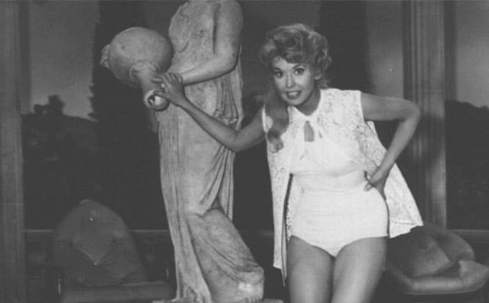 Donna Douglas as Elly May in an old-fashioned bathing suit