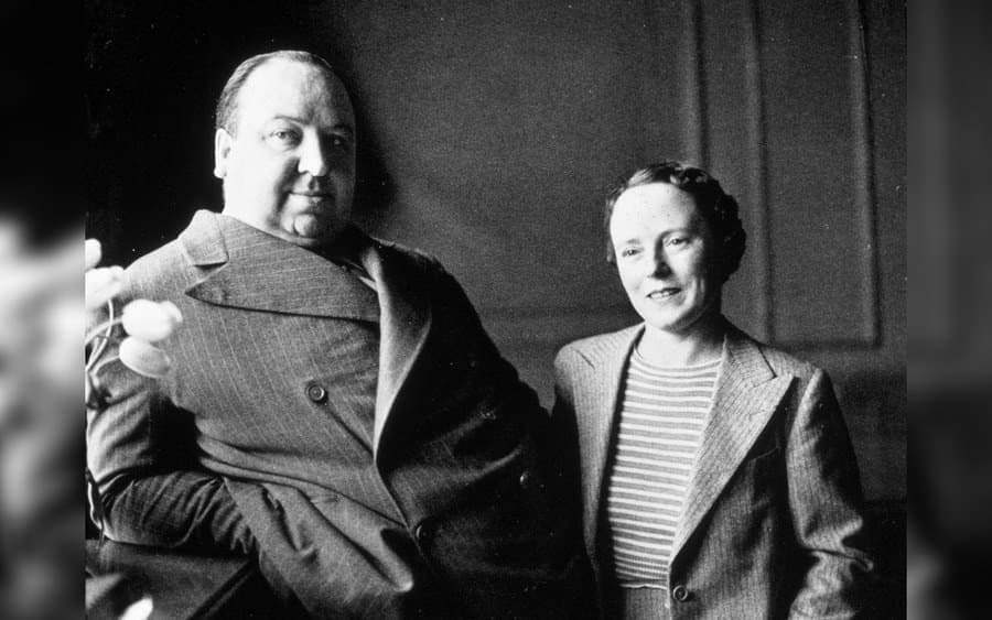 Alfred Hitchcock, Alma Reville Hitchcock in 1939