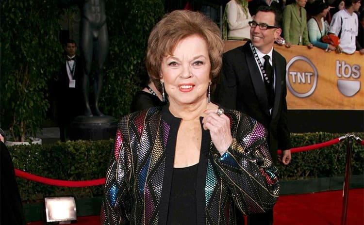 Shirley Temple at a red carpet event in 2006