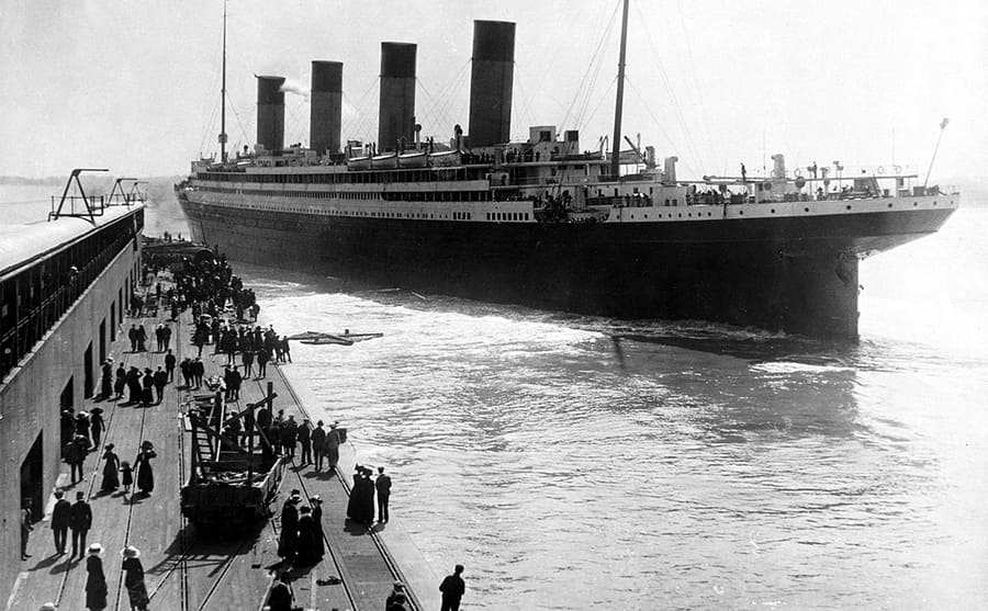 RMS Olympic leaving the port