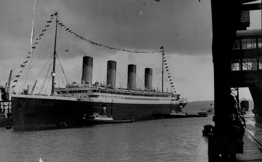 The RMS Olympic sitting at the dock