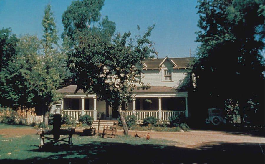 The Waltons' house