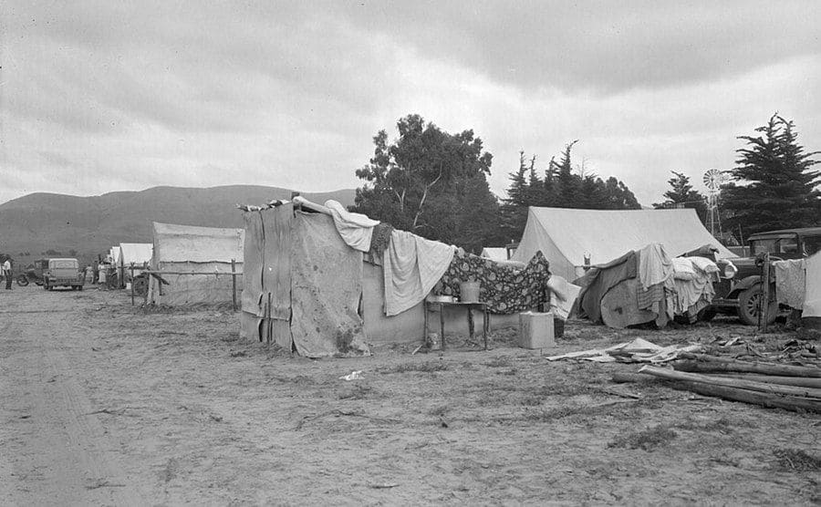 Camps of migrant pea workers, California. Photographed by Dorothea Lange.