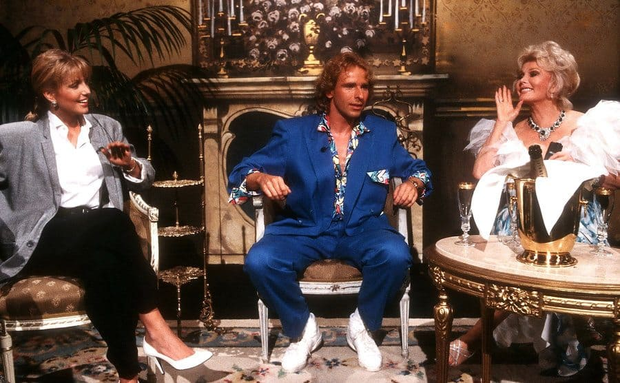 Heather Thomas, Thomas Gottschalk, and Zsa Zsa Gabor on a tv show in 1986