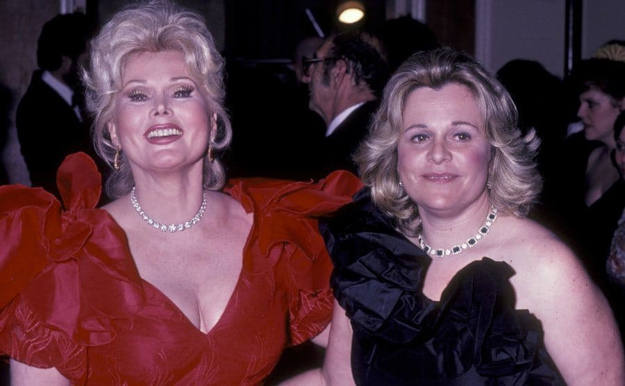 Zsa Zsa Gabor and Francesca Hilton on the red carpet in 1983