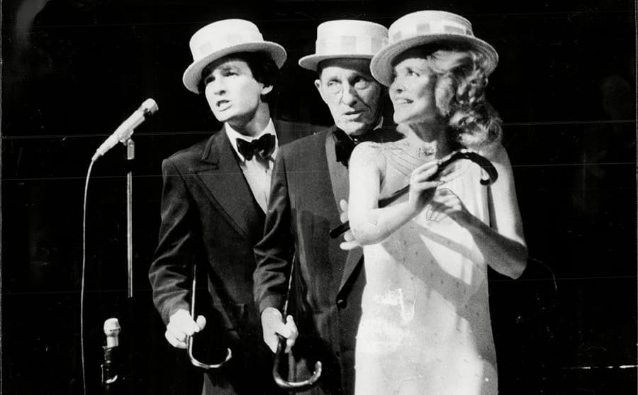 Harry, Kathryn, and Bing Crosby performing together in 1977