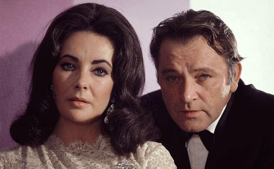 Elizabeth Taylor and Richard Burton posing together