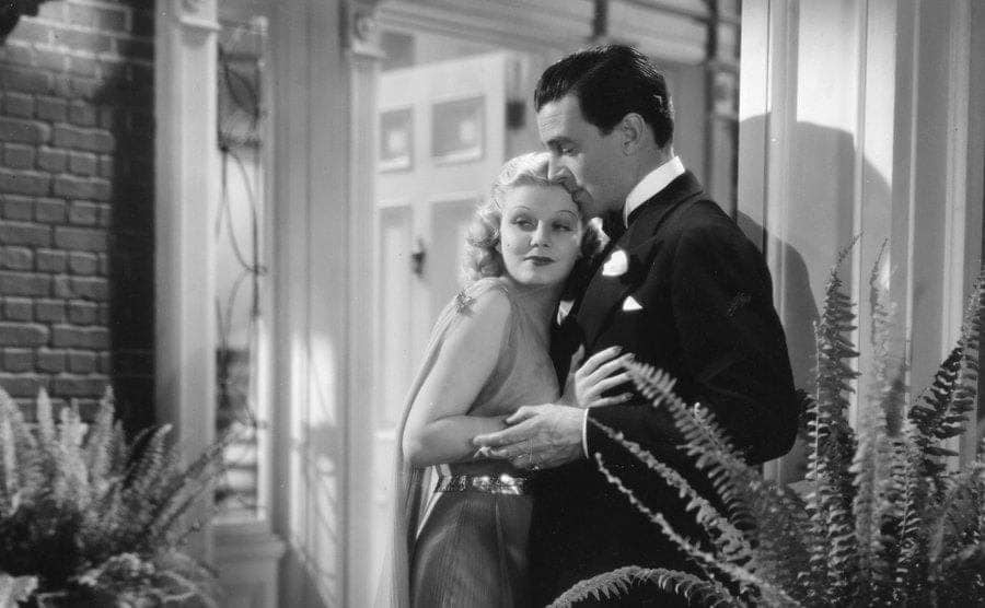 Walter Pidgeon and Jean Harlow star in the film 'Saratoga.'