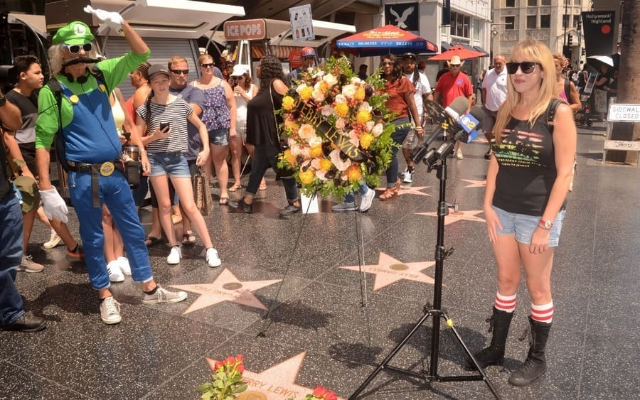 Kimi Lewis visits Jerry Lewis' Hollywood Walk of Fame, Los Angeles