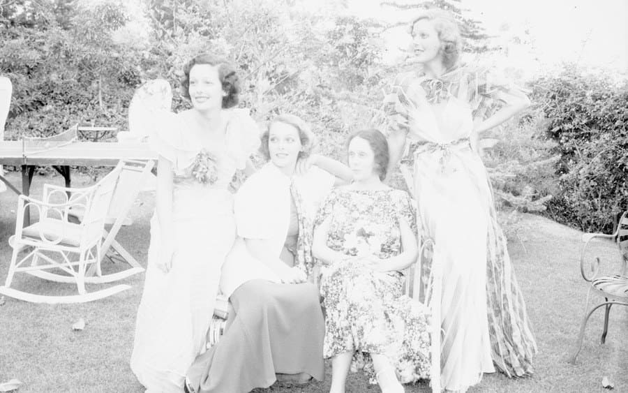 Polly Ann Young, Sally Blane, Mrs. George Belzer and Loretta Young