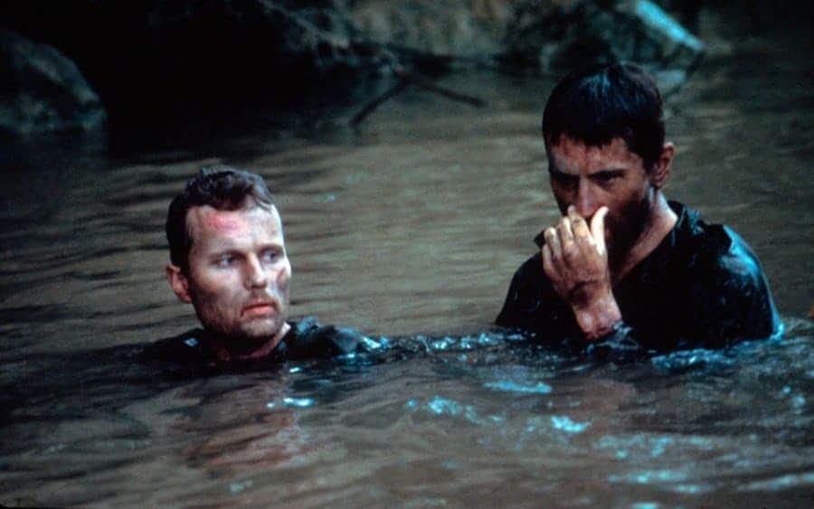 Robert De Niro and John Savage to soak in a river