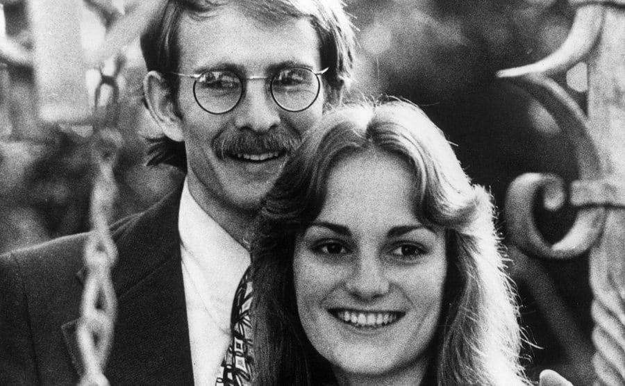 A portrait of Patty Hearst and her fiance, Steven Weed.
