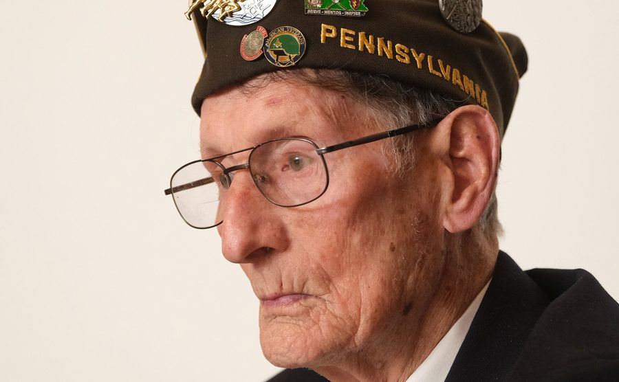 A portrait of a veteran from an Airborne Division.