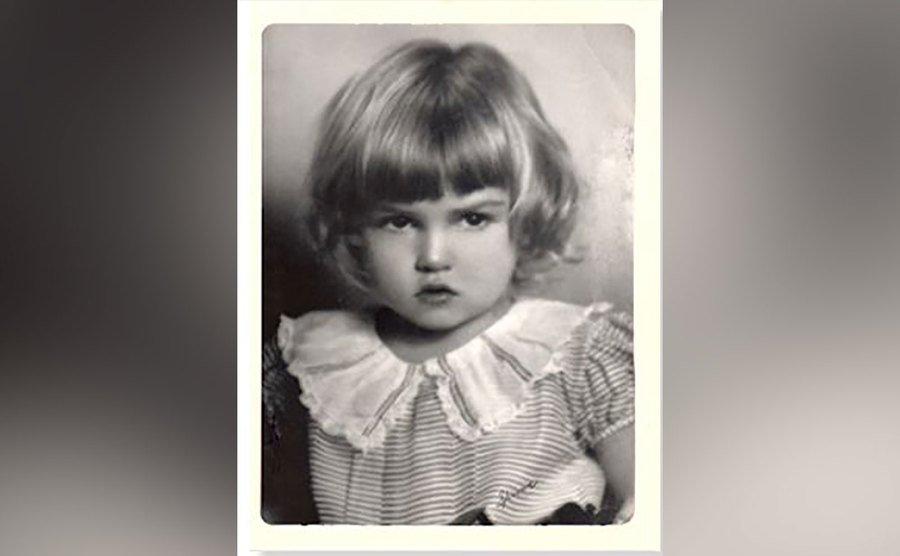 A childhood photo of Julie.