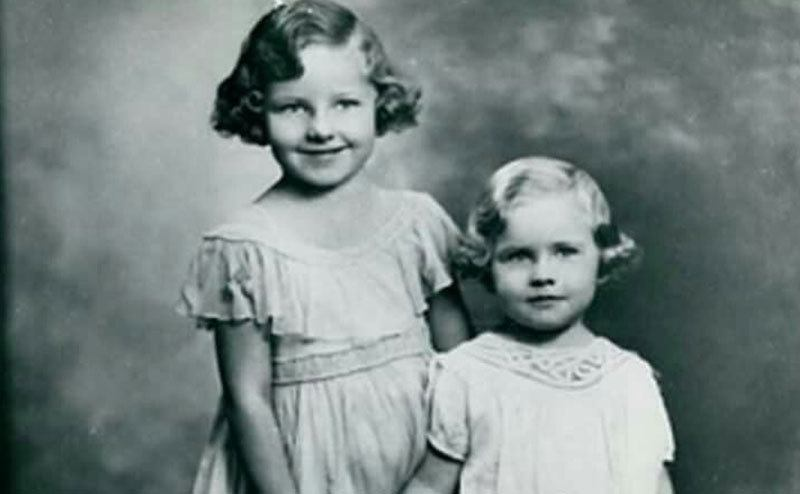 A young Kim Novak with her sister Arlene.