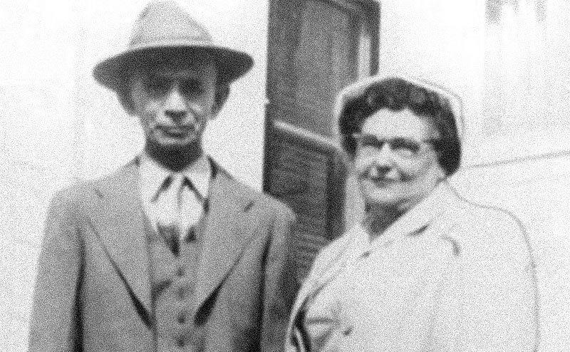 A picture of Nannie and Richard Morton.
