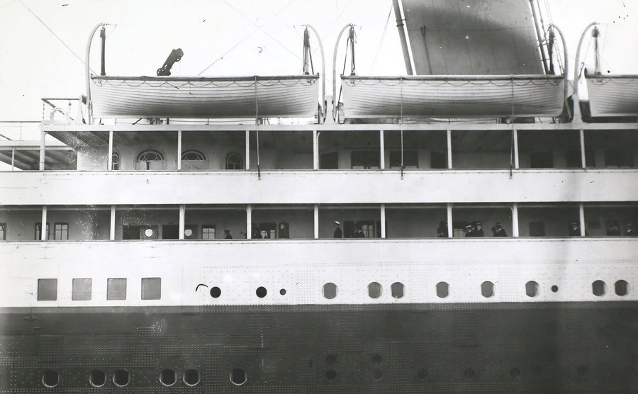 A tour inspection over the RMS Olympic.