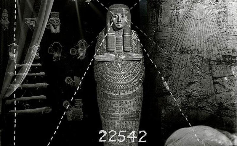 A mummy coffin.