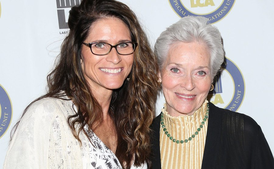 Lee Meriwether and her daughter Lesley Aletter attend an event.