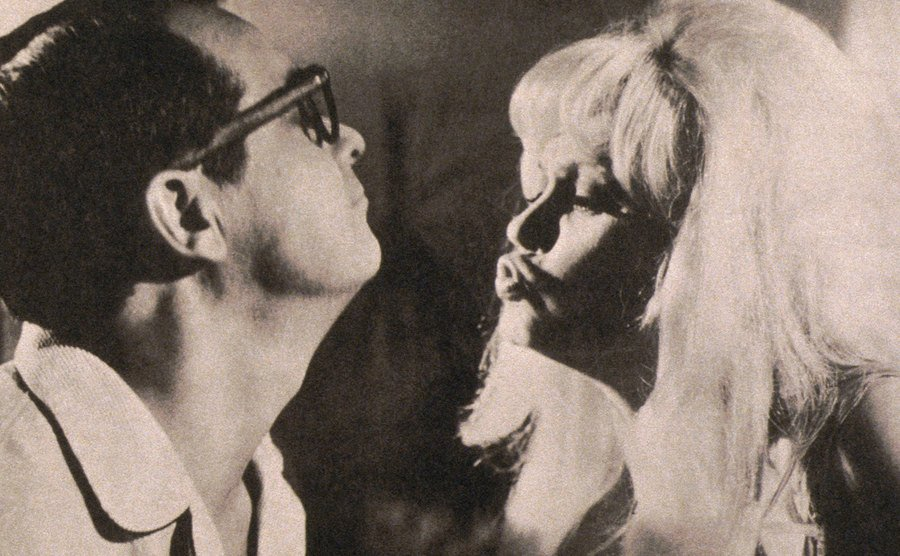 Tommy Noonan and Mamie Van Doren in 3 Nuts in Search of a Bolt.