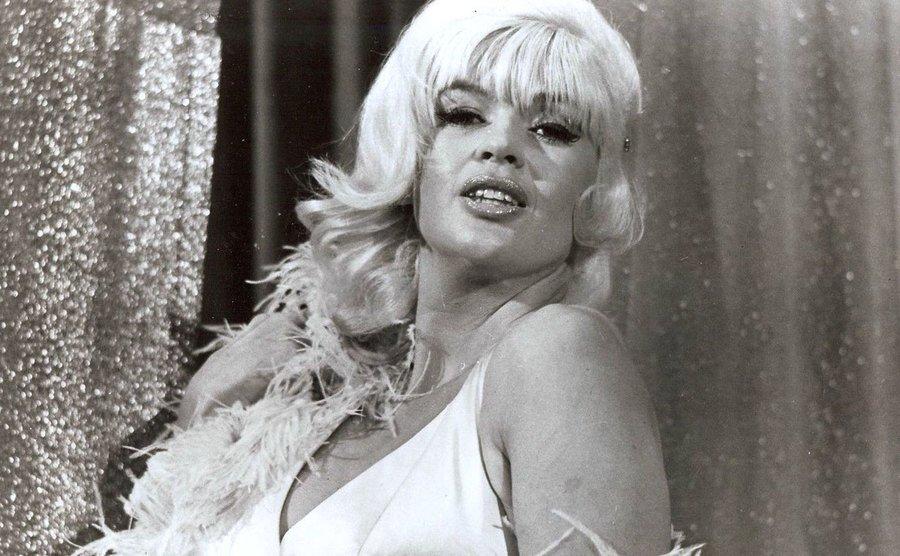 Jayne Mansfield as Tawny in The Las Vegas Hillbillys.