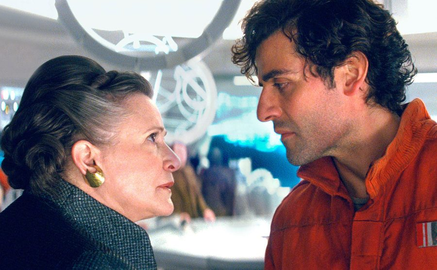 Carrie Fisher and Oscar Isaac in a scene from Star Wars: The Last Jedi.